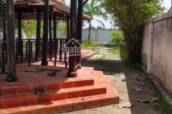 BT sân vườn 2MT Nguyễn Văn Tạo, Nhà Bè, 14m x 40m = 560m2, 300m2 thổ cư, giá: 5.7 tỷ