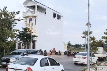 Bán đất TTTP Quảng Ngãi, phong thủy cực tốt, đầy đủ tiện ích: Chợ, siêu thị, trường học, bệnh viện