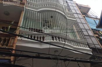Nhà riêng ngõ phố Giáp Bát, Kim Đồng DT 40m2 x 4T gác lửng, giá 12tr