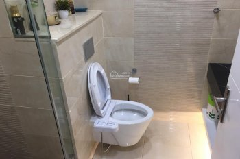 Cần tiền bán gấp căn hộ Eurowindow số 27 Trần Duy Hưng DT 122m2, 3PN, BC Đông Nam, giá 35,5 tr/m2