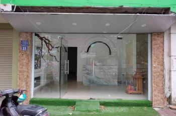 Chính chủ cho thuê mặt bằng mặt phố, ngay gần Phạm Ngọc Thạch, Chùa Bộc. DT 30m2, giá 10tr/tháng