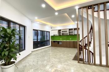 Bán nhà 4.5 tỷ - lô góc, ô tô vào nhà, ở ngõ 387 phố Vũ Tông Phan, Phường Khương Đình, Thanh Xuân
