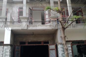 Bán nhà ngay chợ Phú Phong, 52m2, có hỗ trợ vay vốn ngân hàng 1 tỷ