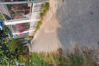 Bán đất 100m2 shr thổ cư 100% sau UBND p.Tân Đông Hiệp hẻm xe hơi 16tr/m2