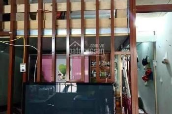Nhà cấp 4 có xép gần KS Đồng Xanh, dt 43m2, giá 750tr