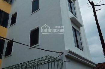 Căn nhà 35m2 x 4 tầng + 10m2 sân chỉ 1 mình nhà sử dụng riêng.LH:037.546.7161