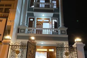 Bán nhà KDC Hiệp Thành 3 đối diện công view trệt 2 lầu, 3 phòng ngủ rộng, 4 vệ sinh, nội thất gỗ đỏ