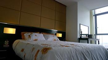 Bán căn hộ chung cư 135m2, Làng Quốc Tế Thăng Long, Dịch Vọng, Cầu Giấy, Hà Nội. Giá chỉ 27tr/m2