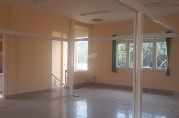 Cho thuê nhà mặt tiền gần vòng xoay Trần Não Q2 DT 12x21m 1 trệt 1 lầu sân rộng, 66tr. 0937334693