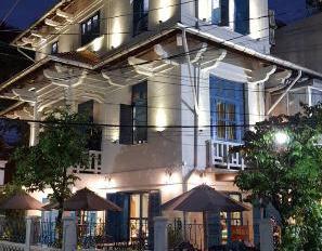 Cho thuê BT cổ làm nhà hàng sang trọng hiếm có tại Tú Xương, P. 6, Q. 3, DT: 279m2 giá 200,349tr/th