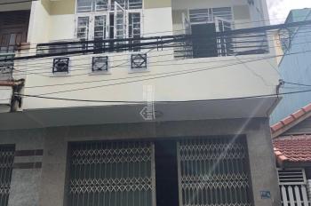Cần bán nhà MT 2 tầng đường 5,5m DT 96m2, hướng Tây Nam, giá 5,1 tỷ. LH: 0935212949