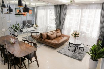 Cho thuê căn hộ Vinhomes D'Capitale Trần Duy Hưng, 80m2, 2PN, 2WC, đủ đồ, 16tr/th. LH 0915586141