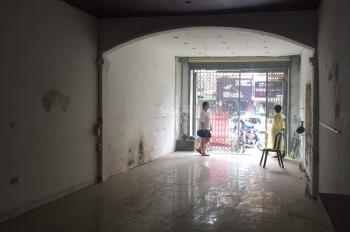 Cho thuê cửa hàng mặt phố Hào Nam vỉa hè rộng không bị chắn, DT 76m2, 18 triệu/tháng