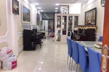 Cần bán gấp nhà mặt phố Nguyễn Tuân, giá 3.5 tỷ, 50m2, MT 6,1m. Kinh doanh tốt