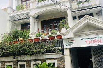 Bán biệt thự Quận 5, đường Nguyễn Chí Thanh, gần chợ An Đông, 8x20m, giá 28 tỷ, LH: Lan 0938113447
