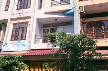 Cần tiền kinh doanh bán nhà hẻm 10m đường Hoàng Dư Khương (5.8x11m) nhà mới