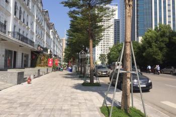 Cho thuê nhà Shophoues Mạc Thái Tổ 120m2, 5 tầng, giá 80tr,  hoàn thiên  rất đẹp. LH:0916762663