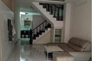 Cho thuê nhà 4x17m, 2 tấm mặt tiền đường Trường Sơn - khu sân bay. LH: 0906693900