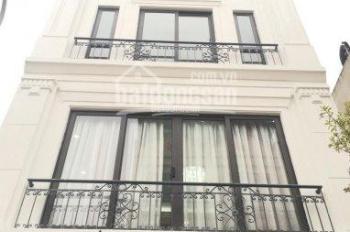Bán nhà mặt phố 135 Phan Kế Bính, 52m2x4t, vỉa hè rộng 10m, SĐCC (0981.033.766)