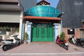 Bán nhà ngã tư Nguyễn Văn Cừ - Hồng Tiến 135m2 mặt tiền 5m nở hậu thuận tiện kinh doanh