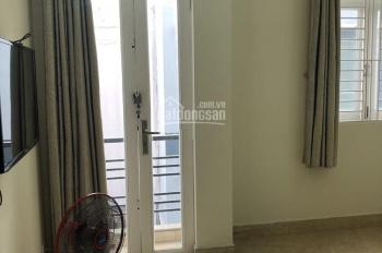 Cho thuê nhà mới đẹp khu CXPB đường Lạc Long Quân, Q.11, DT: 4x15m, trệt 2 lầu ST 4PN 3WC. 15tr/th