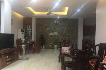 Cho thuê nhà khu tập thể ĐH Sư Phạm ngõ 106 Hoàng Quốc Việt. DT 80m2 * 4 tầng, giá 24 tr/tháng