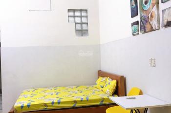 Phòng gần sân bay đẹp full nội thất, dọn vào ở ngay. 7 triệu/tháng. LH: 0903944882
