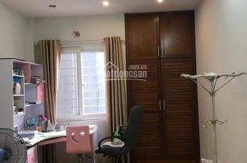 Bán nhà mặt phố Đội Cấn, Ba Đình KD sầm uất, 70m, MT 4.5m, 11.9 tỷ. LH: Mr Yên - 0989665186