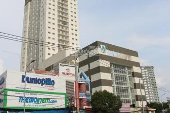 Cho thuê gấp căn hộ chung cư 3PN, 2WC đường Huỳnh Tấn Phát, quận 7. Giá chỉ 9 tr/tháng