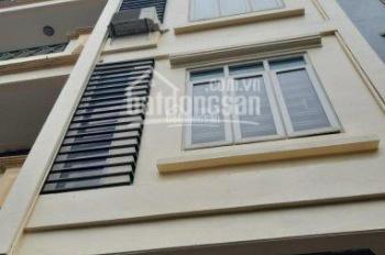 Cho thuê mặt phố Nguyễn Chánh chỉ 20tr/th, dt 40m2x3T, mt 4m, gần nhiều khu văn phòng, chung cư
