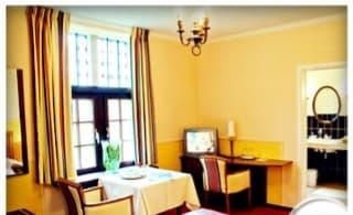 Tôi chính chủ cho thuê căn hộ tầng 11 tòa Kinh Đô Tower 93 Lò Đúc. Lh chính chủ: 0903417003