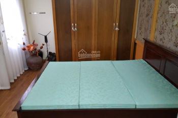 Cho thuê căn hộ tầng 2, riêng biệt, đủ đồ mặt phố Nguyễn Du - hồ Thiền Quang