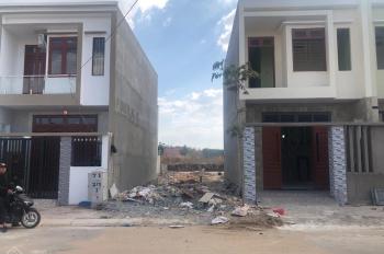 Bán đất mặt tiền chợ Tân Phước khánh, 80m2, giá 1 tỷ ngân hàng hỗ trợ 800tr