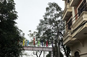 Bán gấp mảnh đất siêu đẹp tại Nam Hồng, 122m2, đường rộng 6m, lh 0815339999
