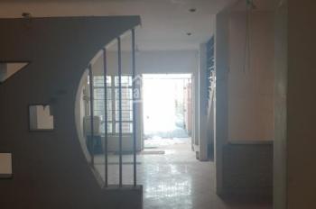 Cho thuê nhà HXH Yên Thế ngay cổng sân bay 4,5x15m 3 lầu - 20 triệu/tháng