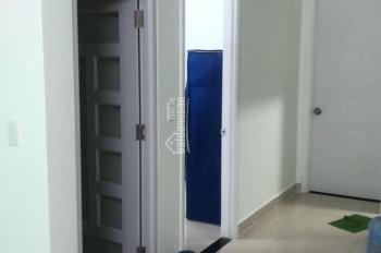 1 phòng trong căn hộ 2PN, WC riêng tại CC Topaz Home, Q12, gần Q. Tân Bình