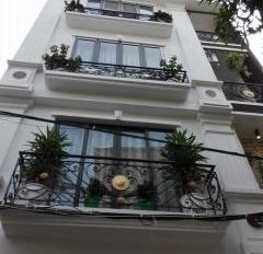 Cho thuê nhà mới mặt phố Nguyễn Tuân, Nhân Chính, Thanh Xuân, 75m2 x 4T thông sàn
