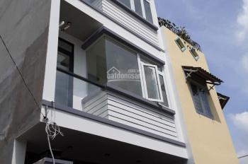 Chủ cần bán nhà mới xây 1 trệt 2 lầu, hẻm 1 sẹc 297 đường Võ Văn Hát.52m/130m sàn, giá chỉ 3.6 tỷ