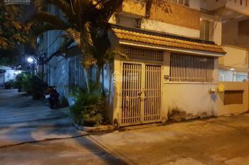 Bán nhà đường Trần Bá Giao P5 Quận Gò Vấp, 2 lầu, sân đậu oto, sổ hồng sang tên