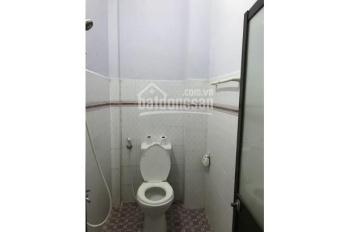 Cho thuê nhà 2 lầu tại đường Trường Chinh, Q. Tân Phú