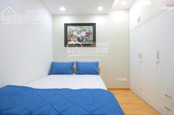 Saigon Pearl cho thuê căn 2 phòng full nội thất view Vinhomes giá thấp, thích hợp cho tháng nóng