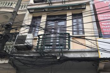 Cho thuê nhà đẹp đường Nguyên Hồng gần Láng Hạ Nguyễn Chí Thanh DT 45m2 x 5 tầng, mt 4,5m