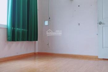 Phòng MÁY LẠNH - cửa sổ, gần Hàng Xanh, 217/11/2B Bùi Đình Túy