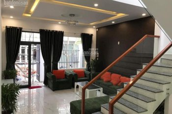Bán căn nhà đẹp kiên cố mặt tiền đường Lê Văn Thịnh, Liên Chiểu. Liên hệ: 0777.227.977 xem nhà