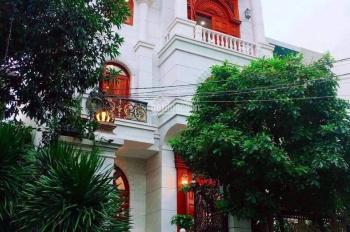 Biệt thự khu Nguyễn Trọng Tuyển - Đặng Văn Ngữ, DT: 6.2x20m, 2 lầu, 21.5 tỷ. LH 0944513773