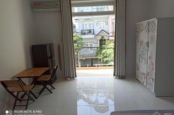 Hiện mình đang trống một phòng căn hộ dịch vụ cần cho thuê full nội thất diện tích 25m2.
