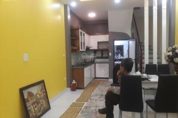 Bán nhà cực đẹp đường Bưởi, Vĩnh Phúc, Ba Đình. 45 m2 x 5 tầng 4.7 tỷ. Cách đường oto tránh nhau 5m