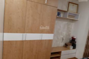 Cho thuê chung cư HH4C Linh Đàm, HN 90M2 với 3 phòng ngủ giá chỉ 7tr đầy đủ đồ. LH 0904613628