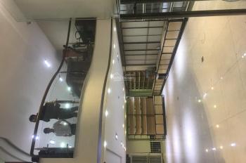 Chính chủ cho thuê nhà mặt tiền siêu đẹp 1 trệt, 1 lầu quận Bình Thạnh