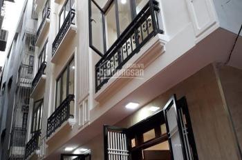Bán nhà 5tầng cực đẹp, xây mới 36m2 Cầu Diễn, cạnh Vinhomes Hàm Nghi, giá 3,2 tỷ LH: 0966408666